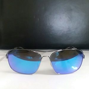 Oakley sunglasses unisex / with bag